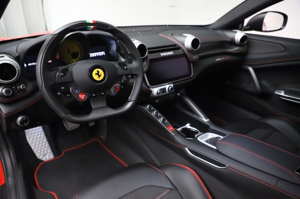Used 2018 Ferrari GTC4Lusso for sale $319,900 at Alfa Romeo of Westport in Westport CT 06880 13