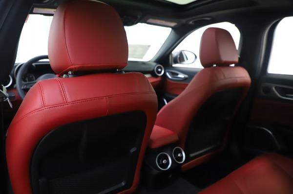 New 2020 Alfa Romeo Giulia Ti Sport Q4 for sale $46,495 at Alfa Romeo of Westport in Westport CT 06880 20