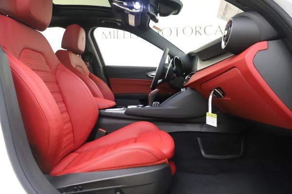 New 2020 Alfa Romeo Giulia Ti Sport Q4 for sale $46,495 at Alfa Romeo of Westport in Westport CT 06880 23