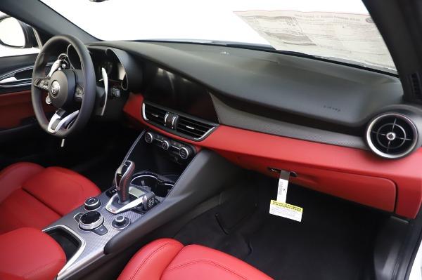New 2020 Alfa Romeo Giulia Ti Sport Q4 for sale $46,495 at Alfa Romeo of Westport in Westport CT 06880 24