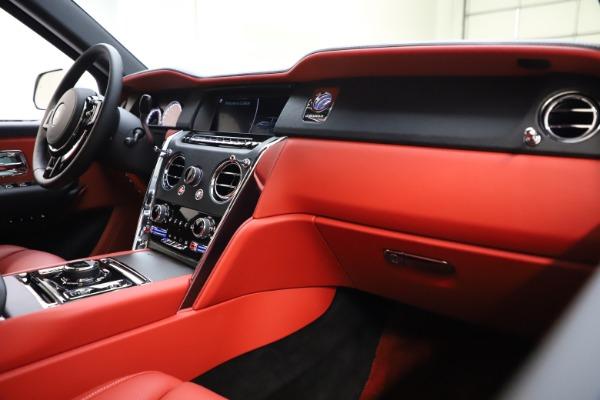 Used 2021 Rolls-Royce Cullinan for sale Sold at Alfa Romeo of Westport in Westport CT 06880 16