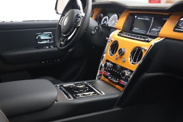 New 2021 Rolls-Royce Cullinan for sale $372,725 at Alfa Romeo of Westport in Westport CT 06880 17