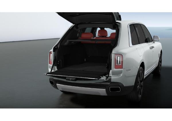 New 2021 Rolls-Royce Cullinan for sale $376,925 at Alfa Romeo of Westport in Westport CT 06880 4