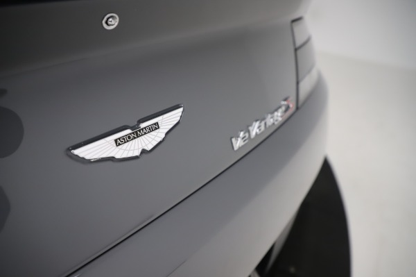 Used 2017 Aston Martin V12 Vantage S for sale $185,900 at Alfa Romeo of Westport in Westport CT 06880 24