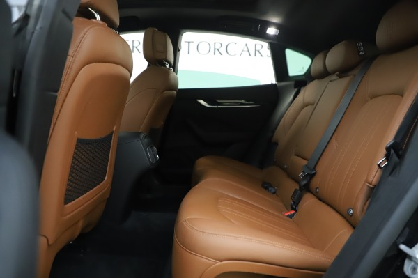 Used 2017 Maserati Levante Q4 for sale $51,900 at Alfa Romeo of Westport in Westport CT 06880 19