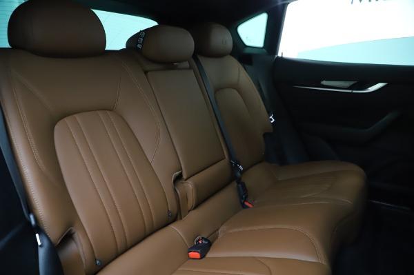 Used 2017 Maserati Levante Q4 for sale $51,900 at Alfa Romeo of Westport in Westport CT 06880 24