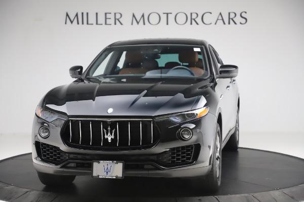 Used 2017 Maserati Levante Q4 for sale $51,900 at Alfa Romeo of Westport in Westport CT 06880 1