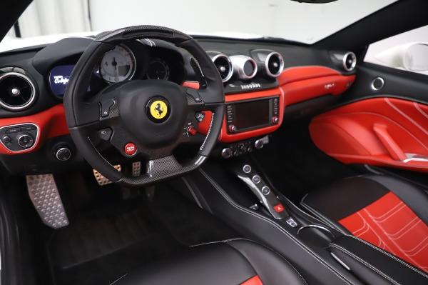 Used 2015 Ferrari California T for sale $159,900 at Alfa Romeo of Westport in Westport CT 06880 15
