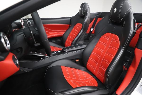 Used 2015 Ferrari California T for sale $159,900 at Alfa Romeo of Westport in Westport CT 06880 17