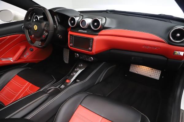 Used 2015 Ferrari California T for sale $159,900 at Alfa Romeo of Westport in Westport CT 06880 21
