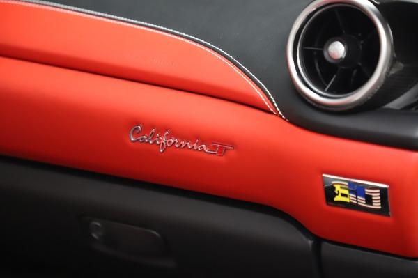 Used 2015 Ferrari California T for sale $159,900 at Alfa Romeo of Westport in Westport CT 06880 26