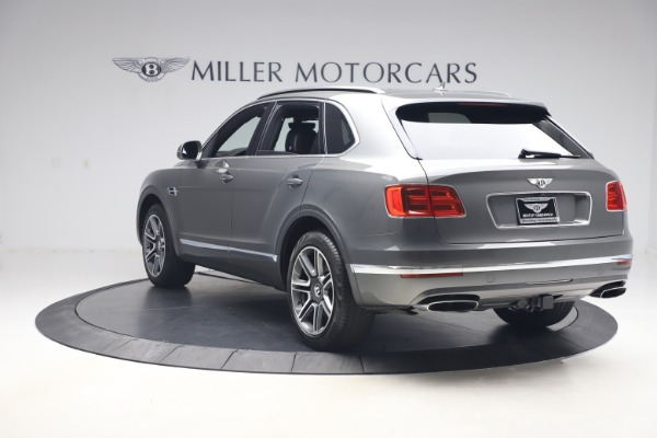 Used 2018 Bentley Bentayga Activity Edition for sale $159,900 at Alfa Romeo of Westport in Westport CT 06880 5