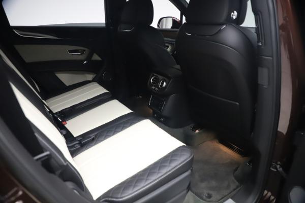 Used 2020 Bentley Bentayga V8 for sale $186,900 at Alfa Romeo of Westport in Westport CT 06880 28