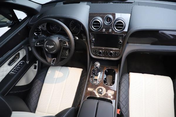 Used 2020 Bentley Bentayga V8 for sale Call for price at Alfa Romeo of Westport in Westport CT 06880 23