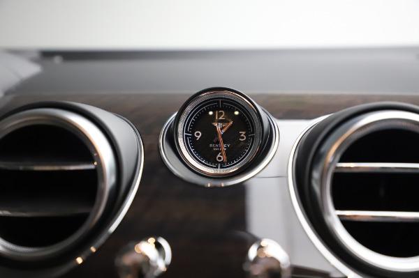 Used 2020 Bentley Bentayga V8 for sale Call for price at Alfa Romeo of Westport in Westport CT 06880 26