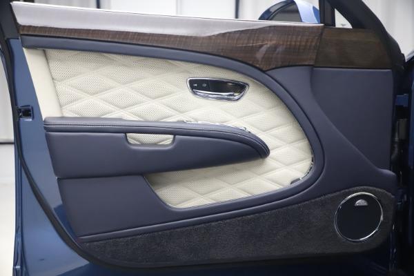 Used 2020 Bentley Mulsanne Speed for sale $269,900 at Alfa Romeo of Westport in Westport CT 06880 16