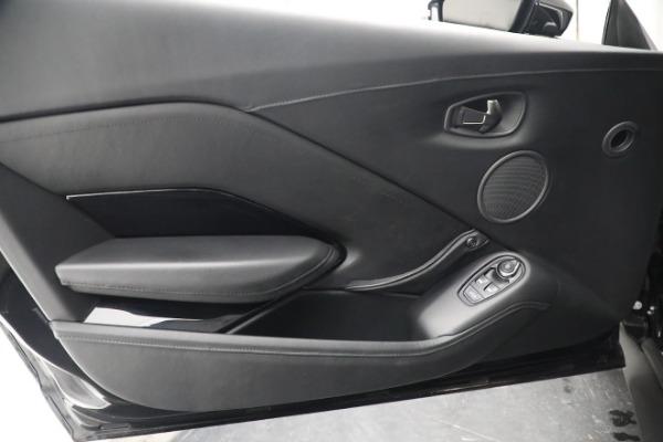 Used 2019 Aston Martin Vantage Coupe for sale $129,900 at Alfa Romeo of Westport in Westport CT 06880 16