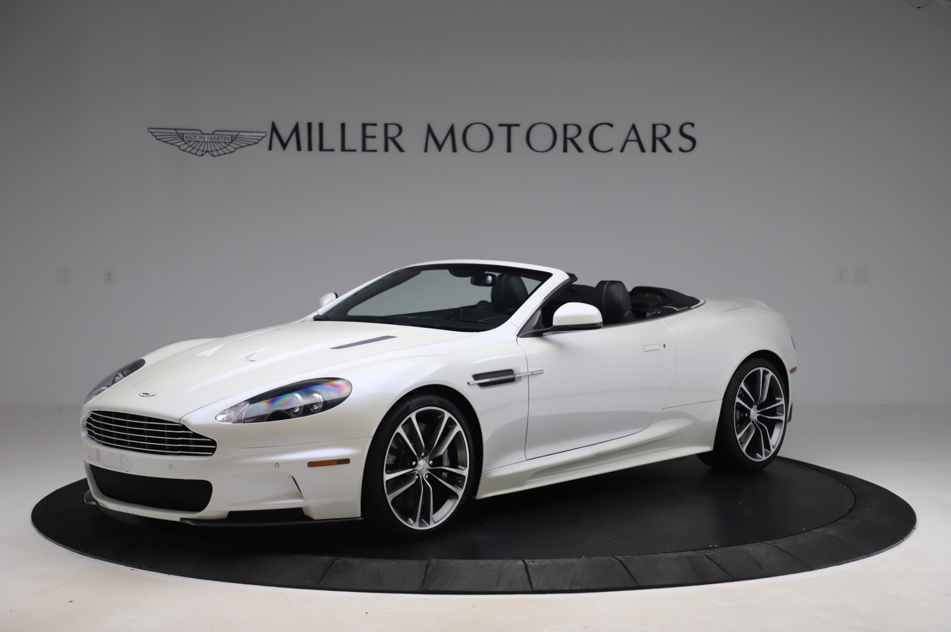 Used 2010 Aston Martin DBS Volante for sale $104,900 at Alfa Romeo of Westport in Westport CT 06880 1