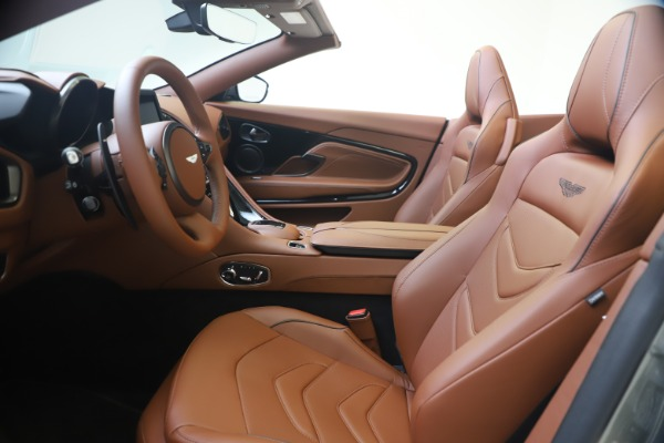 New 2020 Aston Martin DBS Superleggera Volante for sale $375,916 at Alfa Romeo of Westport in Westport CT 06880 14