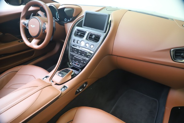 New 2020 Aston Martin DBS Superleggera Volante for sale $375,916 at Alfa Romeo of Westport in Westport CT 06880 21