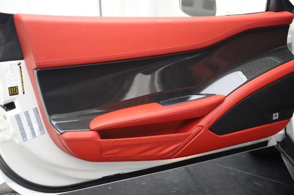 Used 2013 Ferrari 458 Italia for sale $229,900 at Alfa Romeo of Westport in Westport CT 06880 16