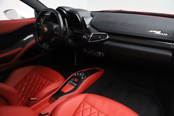 Used 2013 Ferrari 458 Italia for sale Sold at Alfa Romeo of Westport in Westport CT 06880 18