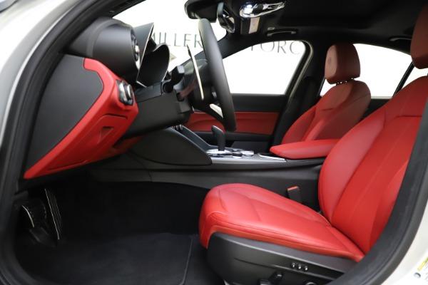 New 2020 Alfa Romeo Giulia Sport Q4 for sale $48,645 at Alfa Romeo of Westport in Westport CT 06880 14