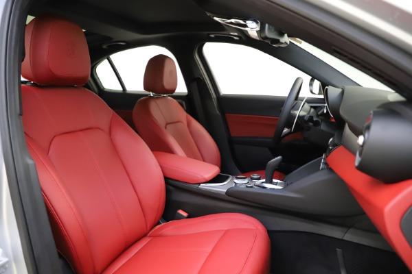 New 2020 Alfa Romeo Giulia Sport Q4 for sale $48,645 at Alfa Romeo of Westport in Westport CT 06880 21