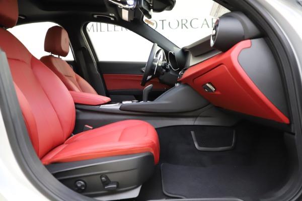 New 2020 Alfa Romeo Giulia Sport Q4 for sale $48,645 at Alfa Romeo of Westport in Westport CT 06880 22