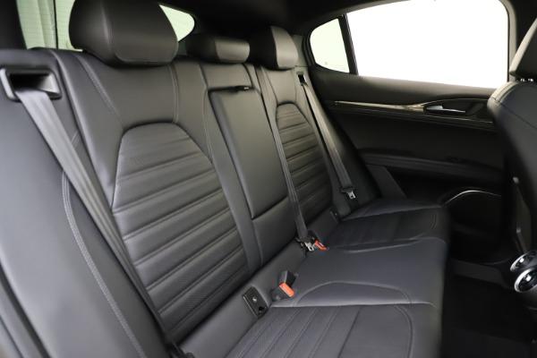 New 2020 Alfa Romeo Stelvio Ti Sport Carbon Q4 for sale $58,745 at Alfa Romeo of Westport in Westport CT 06880 26