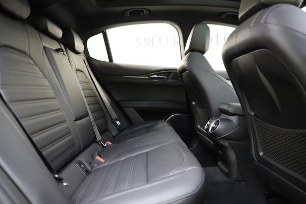 New 2020 Alfa Romeo Stelvio Ti Sport Carbon Q4 for sale $58,745 at Alfa Romeo of Westport in Westport CT 06880 27