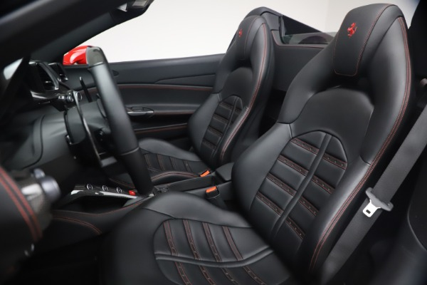 Used 2018 Ferrari 488 Spider for sale $286,900 at Alfa Romeo of Westport in Westport CT 06880 19
