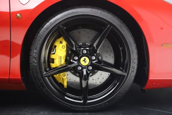 Used 2018 Ferrari 488 Spider for sale $286,900 at Alfa Romeo of Westport in Westport CT 06880 27