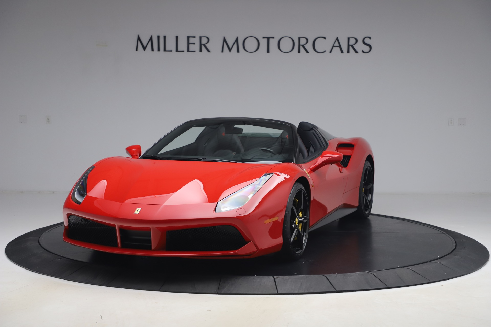 Used 2018 Ferrari 488 Spider for sale $286,900 at Alfa Romeo of Westport in Westport CT 06880 1