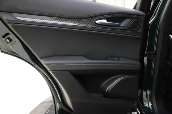 New 2020 Alfa Romeo Stelvio Ti Sport Carbon Q4 for sale Sold at Alfa Romeo of Westport in Westport CT 06880 21