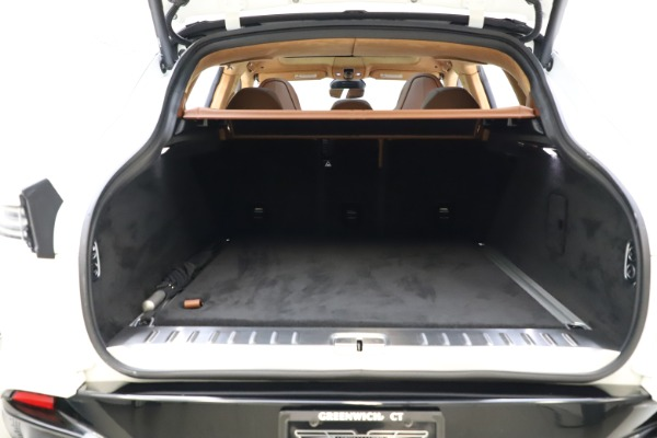 New 2021 Aston Martin DBX for sale $211,636 at Alfa Romeo of Westport in Westport CT 06880 26
