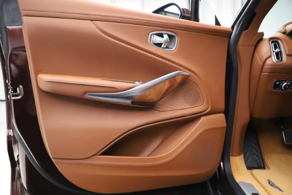 New 2021 Aston Martin DBX for sale $226,836 at Alfa Romeo of Westport in Westport CT 06880 16