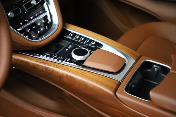 New 2021 Aston Martin DBX for sale $226,836 at Alfa Romeo of Westport in Westport CT 06880 18
