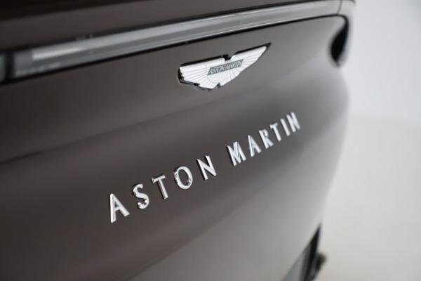 New 2021 Aston Martin DBX for sale $226,836 at Alfa Romeo of Westport in Westport CT 06880 24