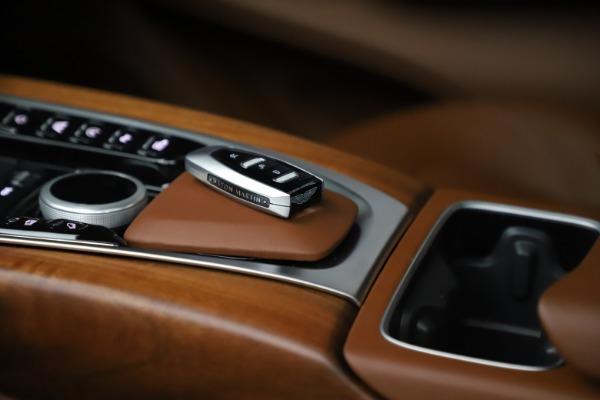 New 2021 Aston Martin DBX for sale $226,836 at Alfa Romeo of Westport in Westport CT 06880 27