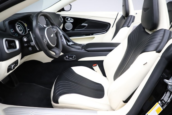 Used 2020 Aston Martin DB11 Volante for sale $209,900 at Alfa Romeo of Westport in Westport CT 06880 14