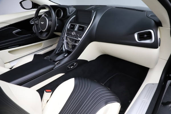Used 2020 Aston Martin DB11 Volante for sale $209,900 at Alfa Romeo of Westport in Westport CT 06880 19