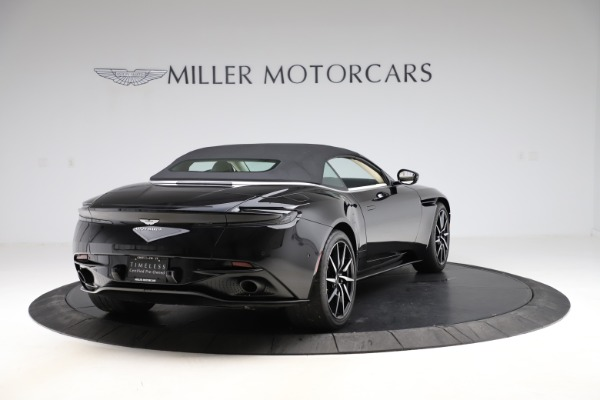 Used 2020 Aston Martin DB11 Volante for sale $209,900 at Alfa Romeo of Westport in Westport CT 06880 27