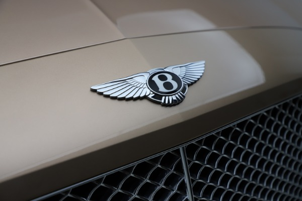 Used 2017 Bentley Continental GT W12 for sale $165,900 at Alfa Romeo of Westport in Westport CT 06880 24