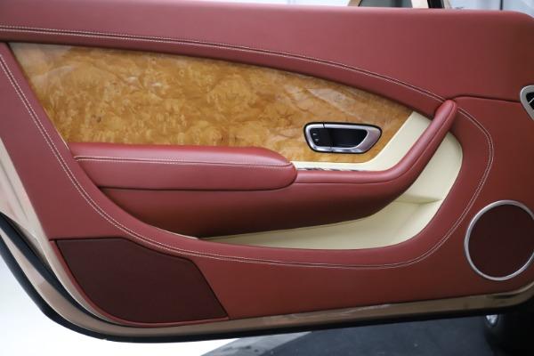 Used 2017 Bentley Continental GT W12 for sale $165,900 at Alfa Romeo of Westport in Westport CT 06880 25