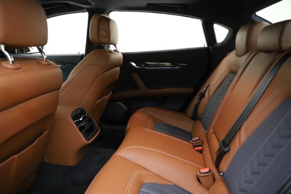Used 2017 Maserati Quattroporte S Q4 GranLusso for sale Sold at Alfa Romeo of Westport in Westport CT 06880 19