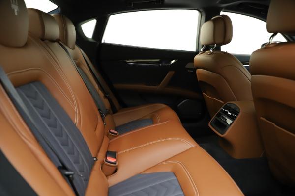 Used 2017 Maserati Quattroporte S Q4 GranLusso for sale Sold at Alfa Romeo of Westport in Westport CT 06880 27