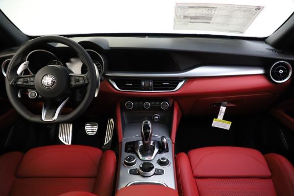 New 2020 Alfa Romeo Stelvio Ti Sport Q4 for sale $53,445 at Alfa Romeo of Westport in Westport CT 06880 16