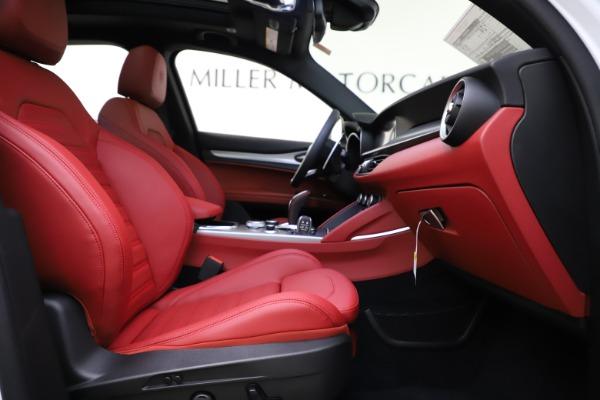 New 2020 Alfa Romeo Stelvio Ti Sport Q4 for sale $53,445 at Alfa Romeo of Westport in Westport CT 06880 22