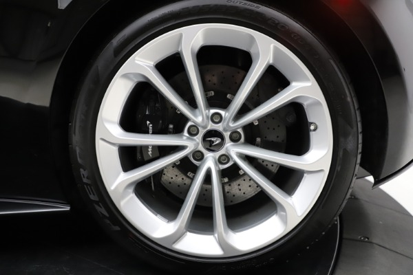 Used 2019 McLaren 570S for sale $177,900 at Alfa Romeo of Westport in Westport CT 06880 15